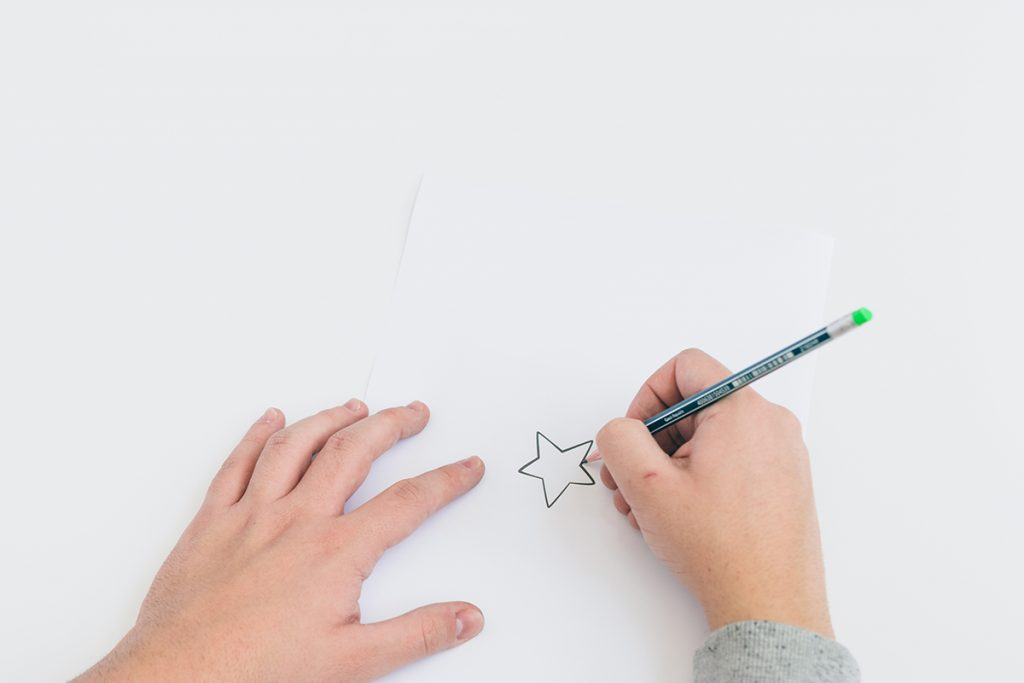 DIY-Weihnachtskarten-Basteln-Sternenmotiv-Step3