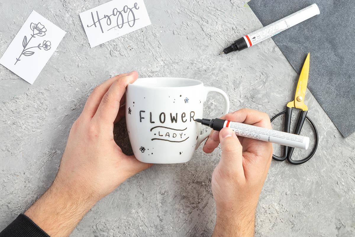 DIY Blumengeschenk in der Tasse basteln