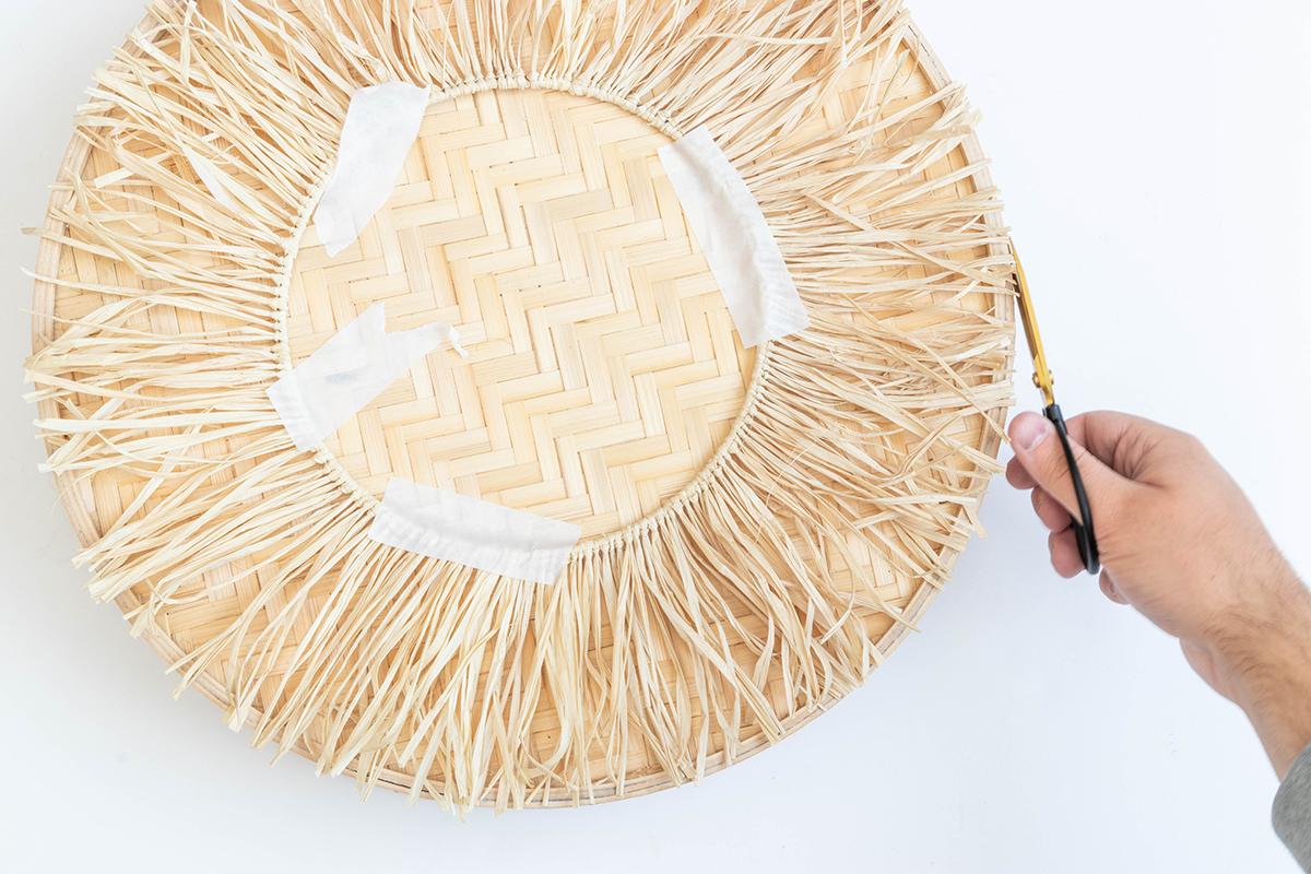 DIY Wandspiegel im Boho Stil mit Raffia basteln