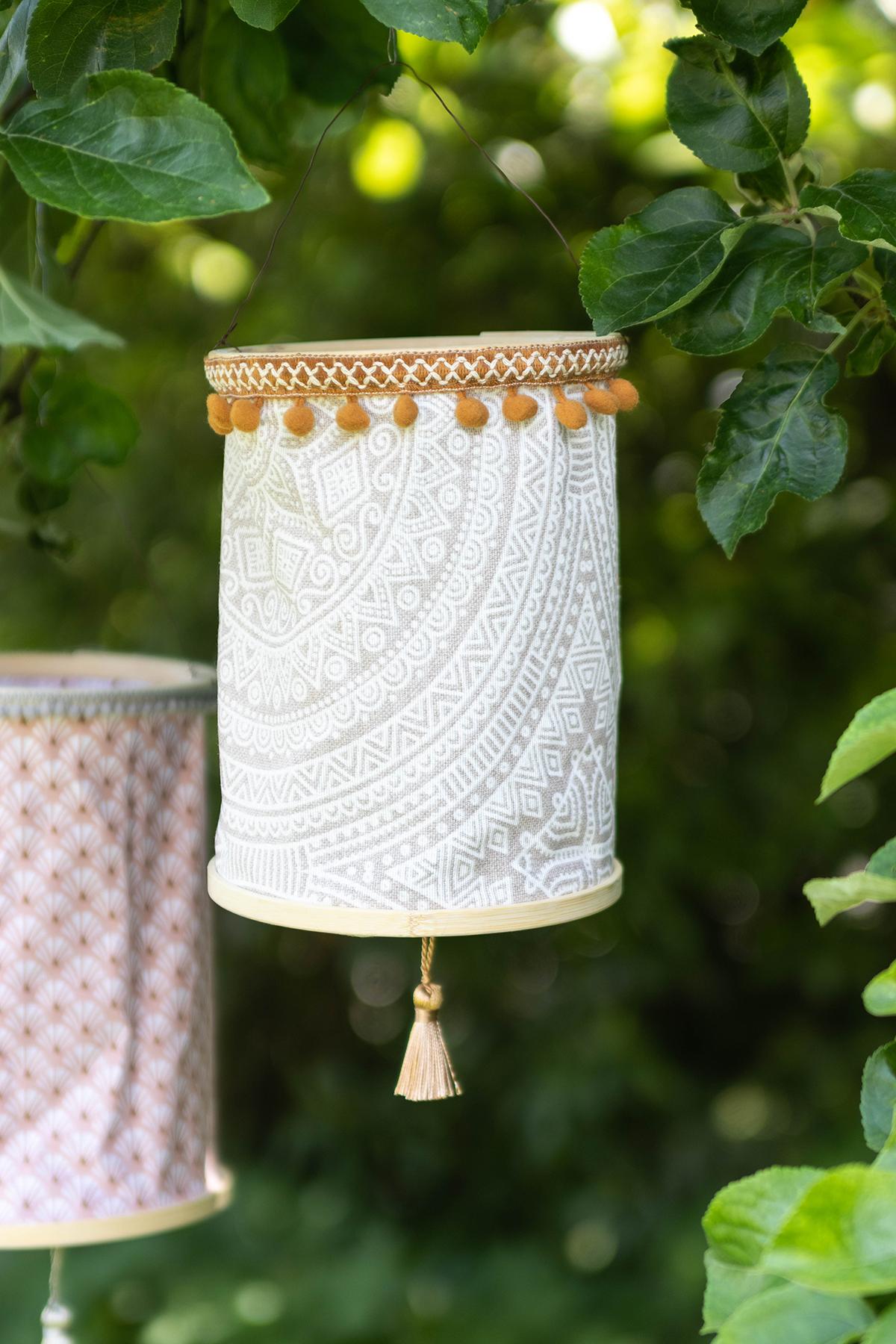 DIY Lampions aus Stoff basteln